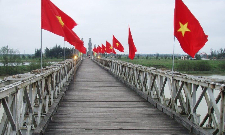 Trip to Vietnam war zone