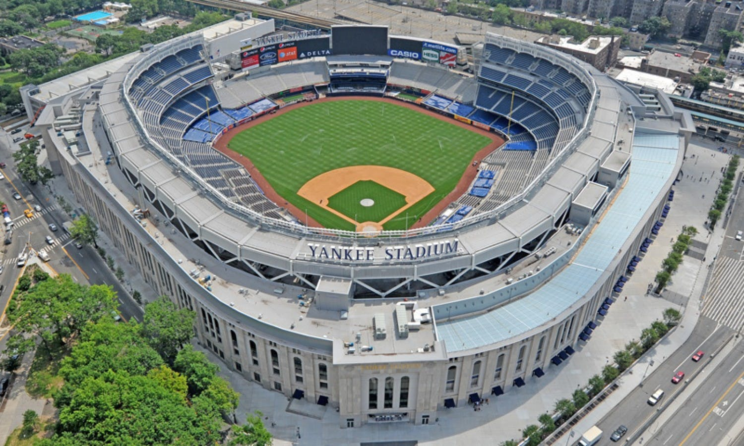 Yankee Stadium Guided Tour plus Bronx Loops or All Loops Tour