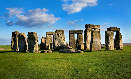 Stonehenge, Bath and Windsor Castle guided tour with tickets