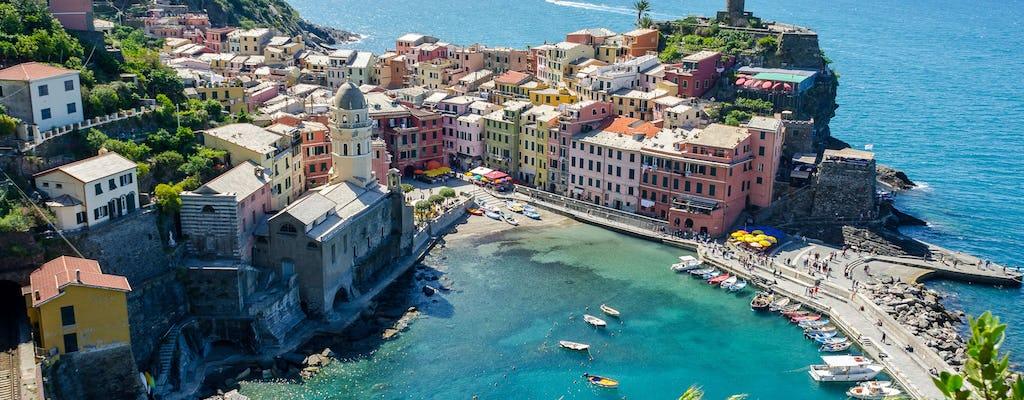 Tour alla scoperta delle Cinque Terre con pranzo tipico: pacchetto di tre giorni