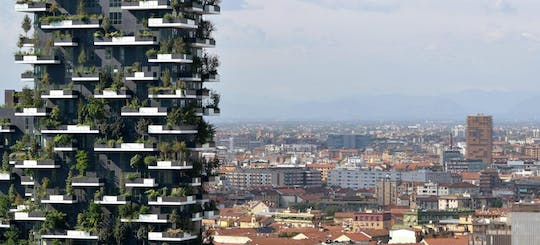 Private tour of the new architecture and skypscrapers in Milan