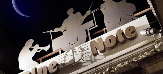 Biglietti per Blue Note Milano, serata con spettacolo e drink o cena