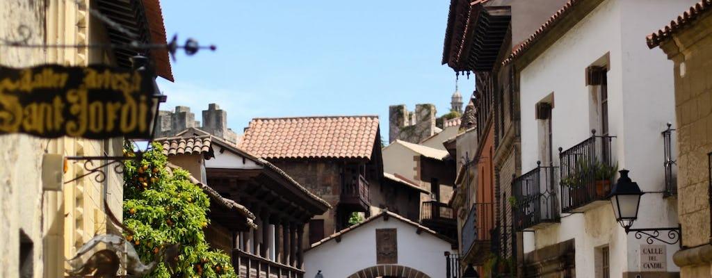 Tour delle attrazioni di Barcellona con Sagrada Familia e Poble Espanyol