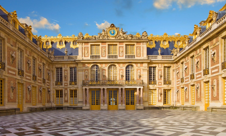 Versailles tour fountain show musical gardens musement for Versailles paris