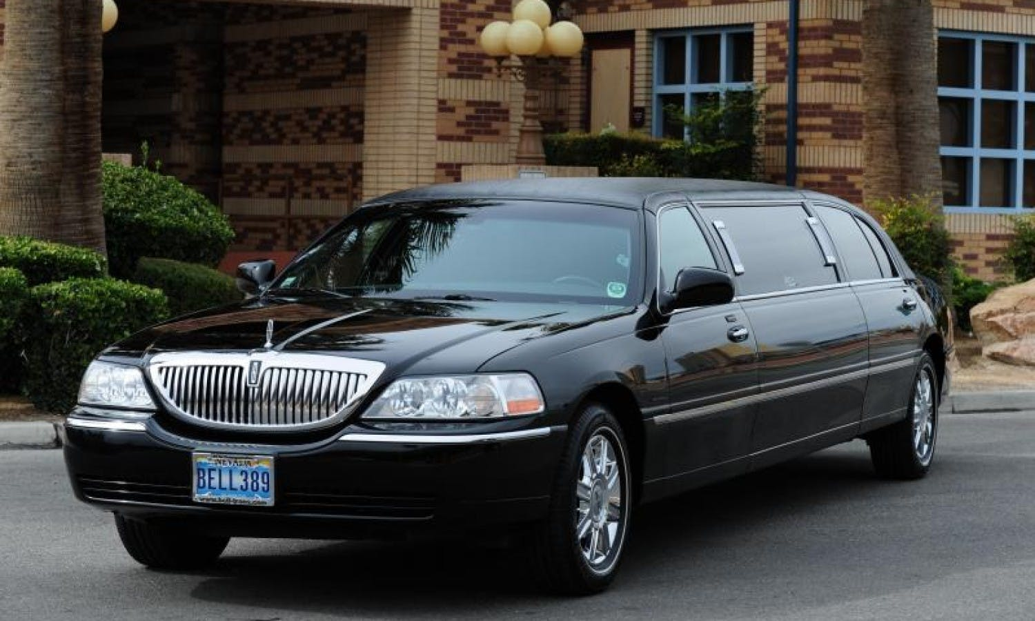 Stretch limousine from McCarran Airport to Las Vegas hotels