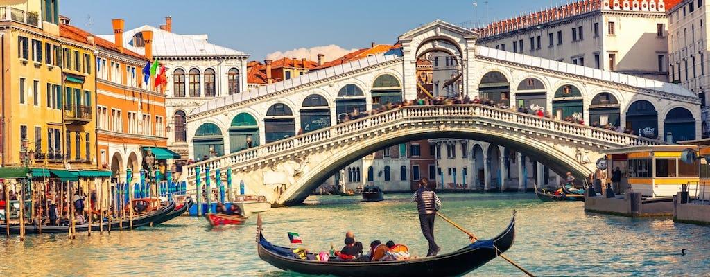 Passeio de gôndola veneziano clássico