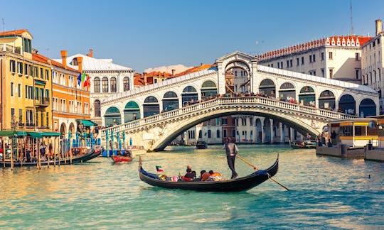 Classic Venetian gondola ride
