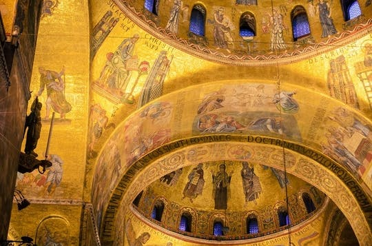 Solo en la basílica de San Marcos: visita fuera de horario