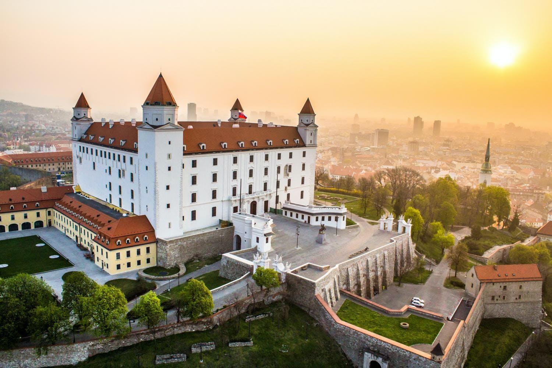 Ver la ciudad,Visitas en autobús,Excursión a Bratislava