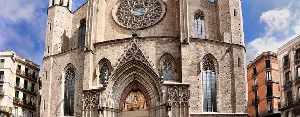 Private Gothic tour with visit to Santa María del Mar