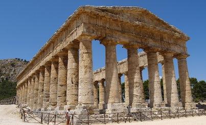 Salir de la ciudad,Excursions,Excursiones de un día,Full-day excursions,Excursión a Erice,Excursion to Erice,Excursión a Segesta,Excursion to Segesta