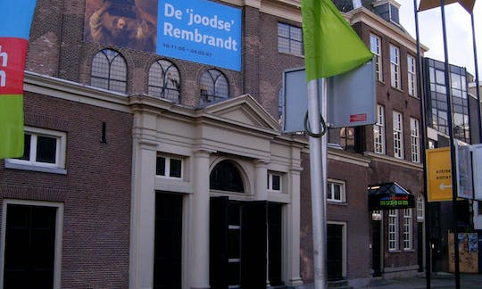 Jewish history walking tour in Amsterdam