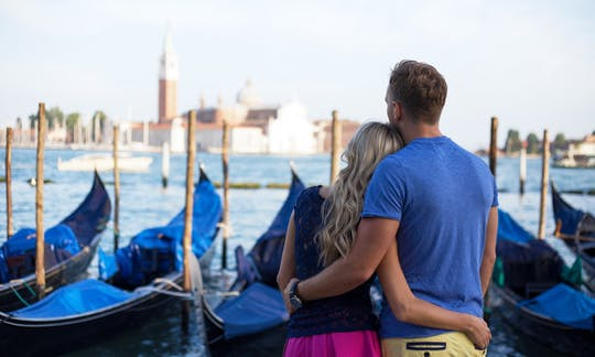 Afternoon walking tour of Venice with gondola ride
