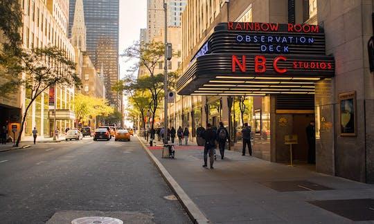 I tour di TV e film visitano il tour ufficiale degli NBC Studios