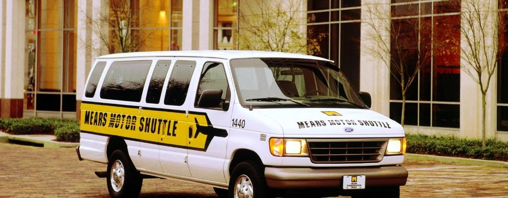 Roundtrip shuttle from Orlando airport to hotels