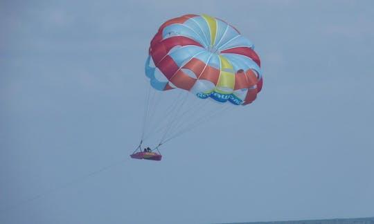 Key West dagtocht met een parasailing-avontuur