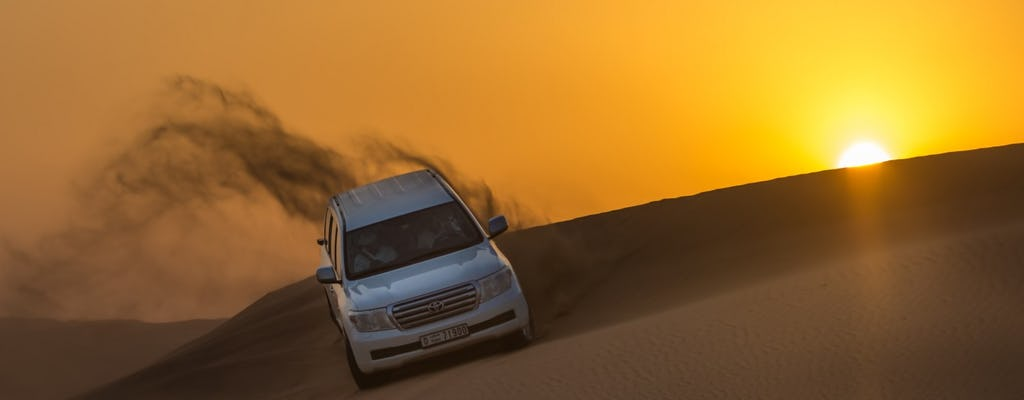 Safari no deserto Premium com jantar e entretenimento