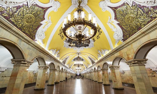 Moscow metro tour and its hidden stories