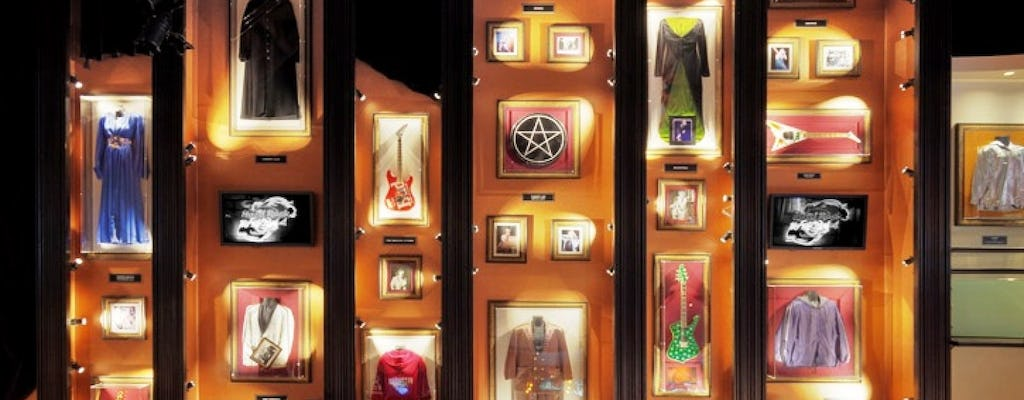 Hard Rock Cafe Lisbon: priority seating with menu