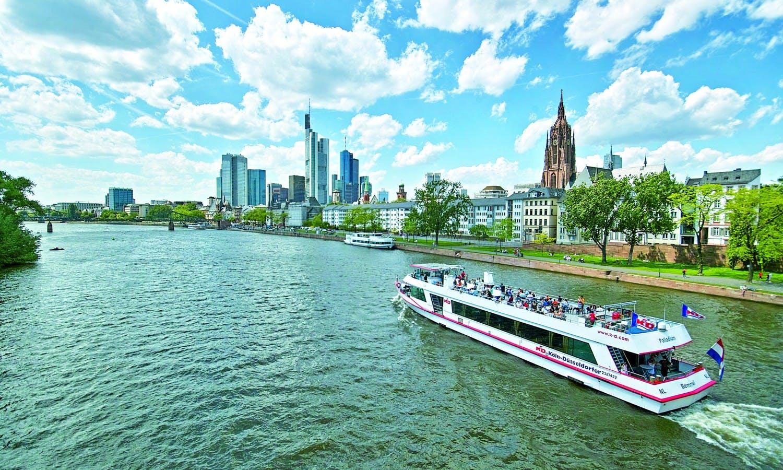 Ver la ciudad,Actividades,Visitas en barco o acuáticas,Actividades acuáticas,Tour por Frankfurt