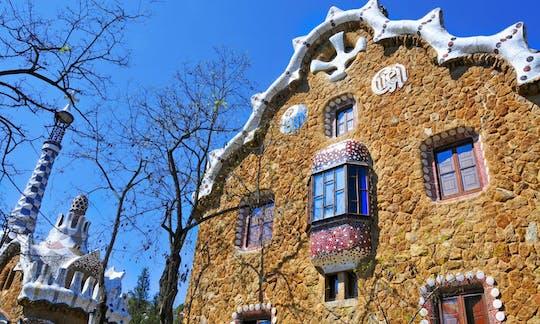 Führung im Park Güell und in der Sagrada Familia am Morgen