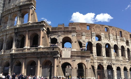 Skip-the-line Ancient Rome tour with Colosseum, Pantheon and Piazza Navona