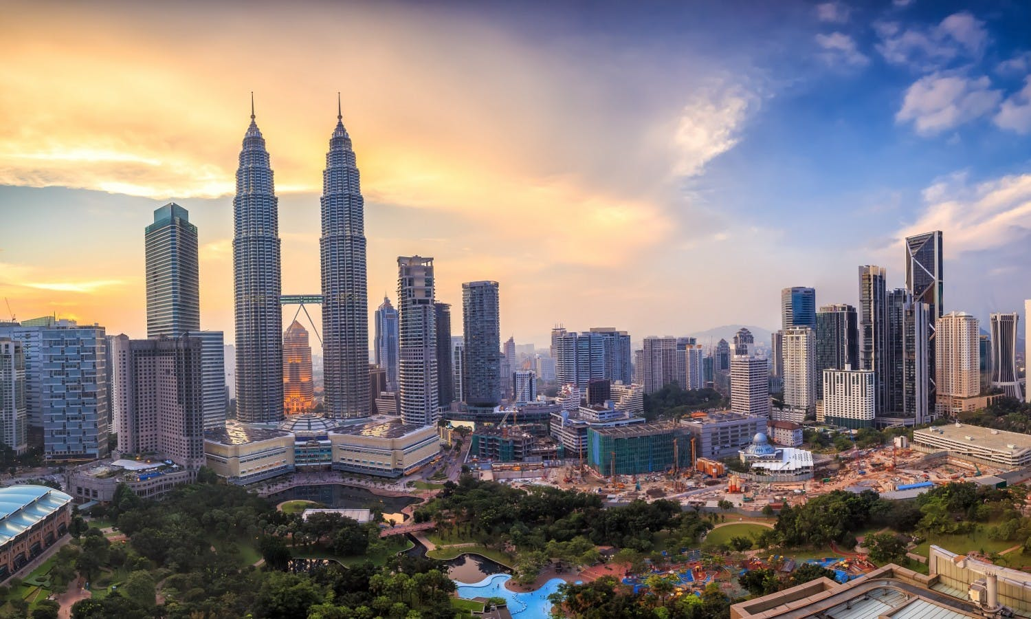 Petronas Twin Towers Tickets and Tours in Kuala Lumpur | musement