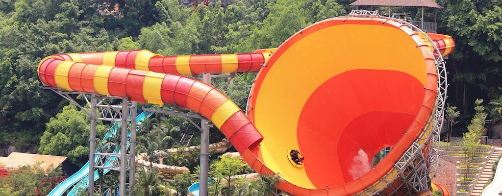 Sunway Lagoon theme park ticket with round-trip hotel transfer