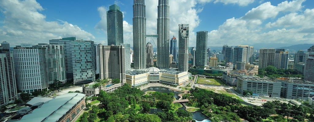 Petronas Twin Towers skip-the-line and top ten wonders private tour from Kuala Lumpur