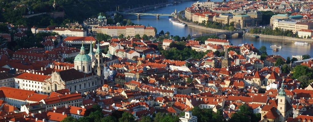 Tour di Praga di una giornata intera con pranzo e crociera sul fiume