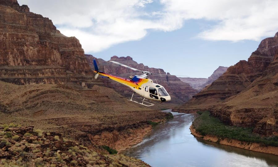 Grand Canyon West Rim Bus Tour With Helicopter And Boat Ride