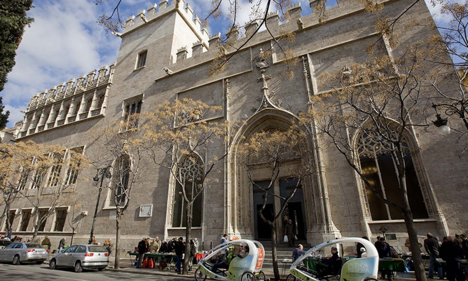 Valencia gastronomical tour with wine tasting