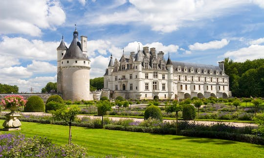 Day trip to Chambord, Chenonceau and Amboise from Paris