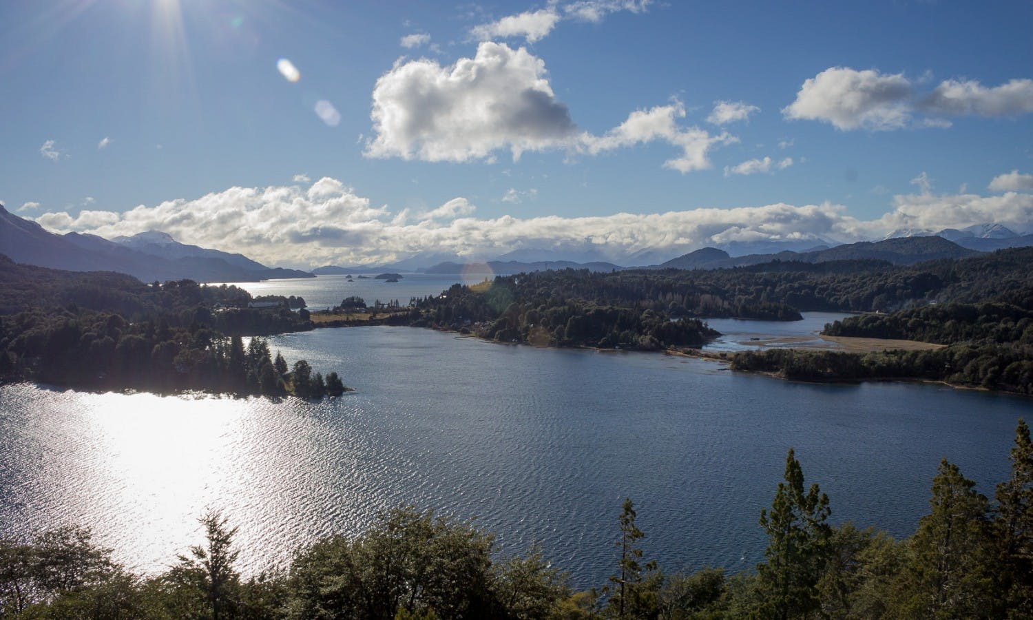 International lake-crossing to Chile from Bariloche