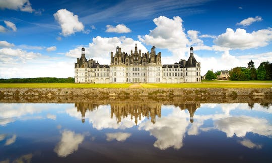 Loire Valley Castles and wine tasting day trip from Paris