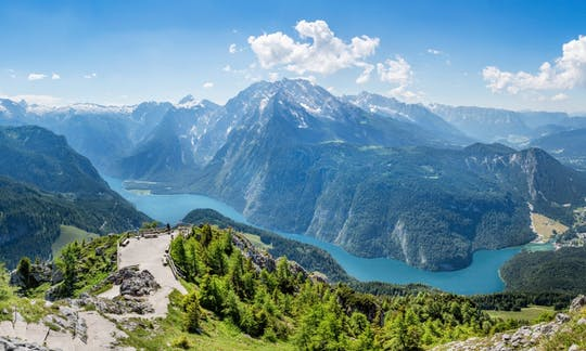 Summits of Berchtesgaden and Eagles Nest tour from Munich