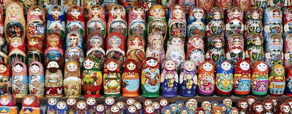 Matryoshka doll private painting class in St Petersburg