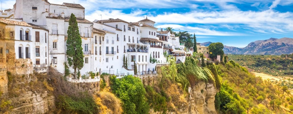 Guided tour of the white villages of Andalusia: Ronda, Grazalema and Zahara