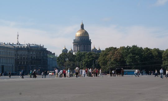 St. Petersburg two-day visa-free tour shore excursion