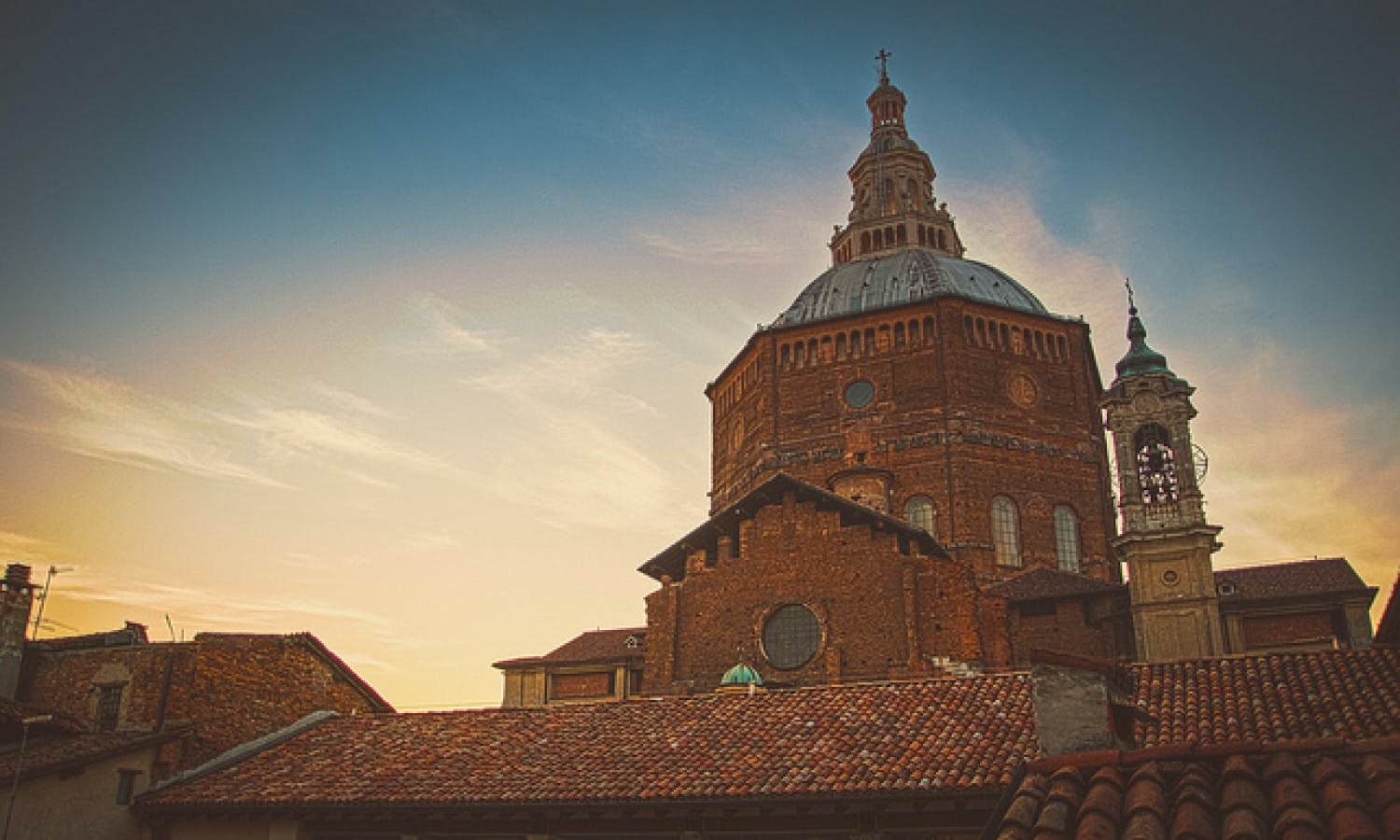 Discover the heart of Pavia Tour