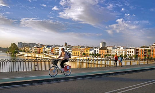 Bike tour in Seville