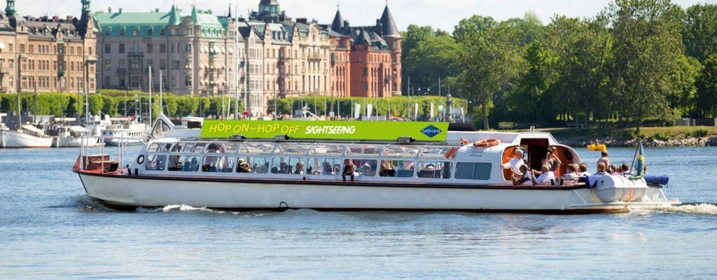 Stockholm 72-hour hop-on hop-off bus and boat tour combo
