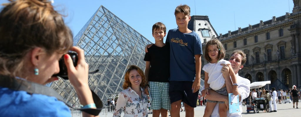 Visit the Louvre Museum with kids