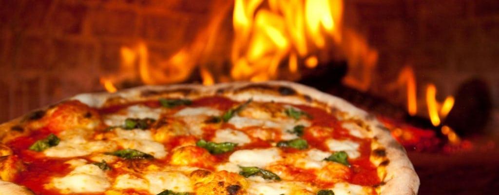 Pizza maken in Taormina