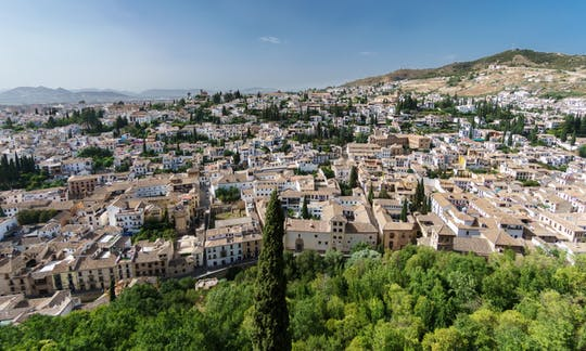 Private guided tour of Albaicín and Sacromonte