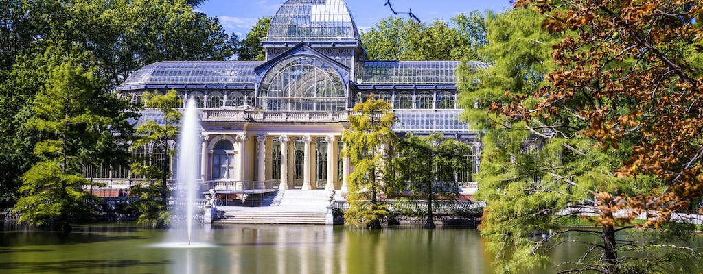 Private walking tour of Retiro Park