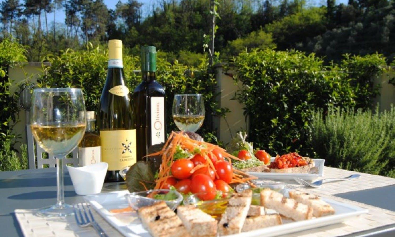 Gastronomía,Comidas y cenas especiales,Tours enológicos,Excursión a Cinque Terre