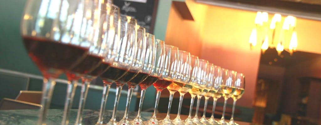 Corso di cucina francese con vino e formaggio