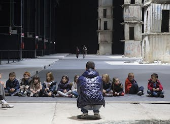 Creative sessions in Pirelli HangarBicocca: The eighth tower (4-6 years)