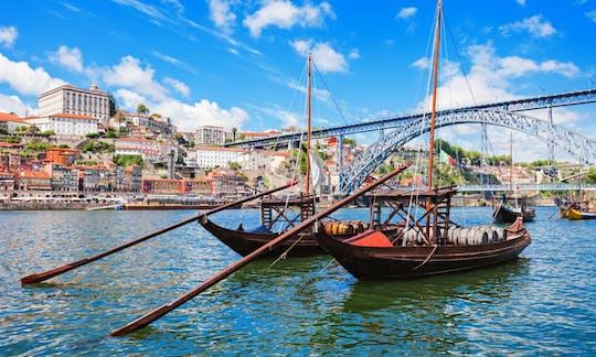 Circuit en bus à arrêts multiples à Porto Vintage: 1 ou 2 jours